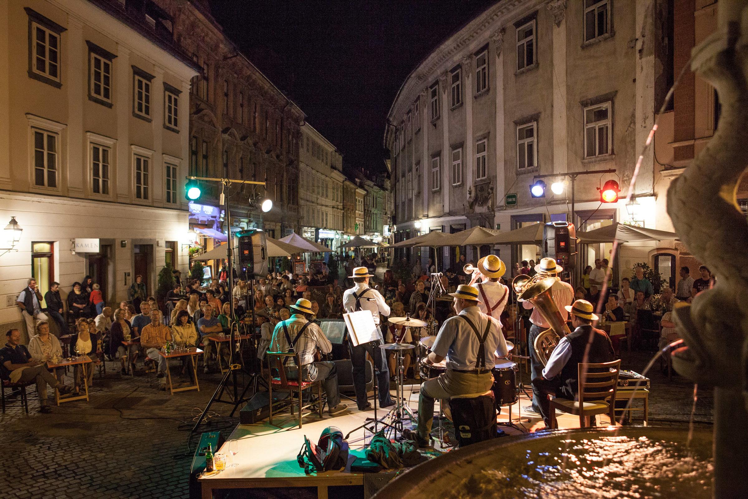 Noči v Stari Ljubljani 2013
