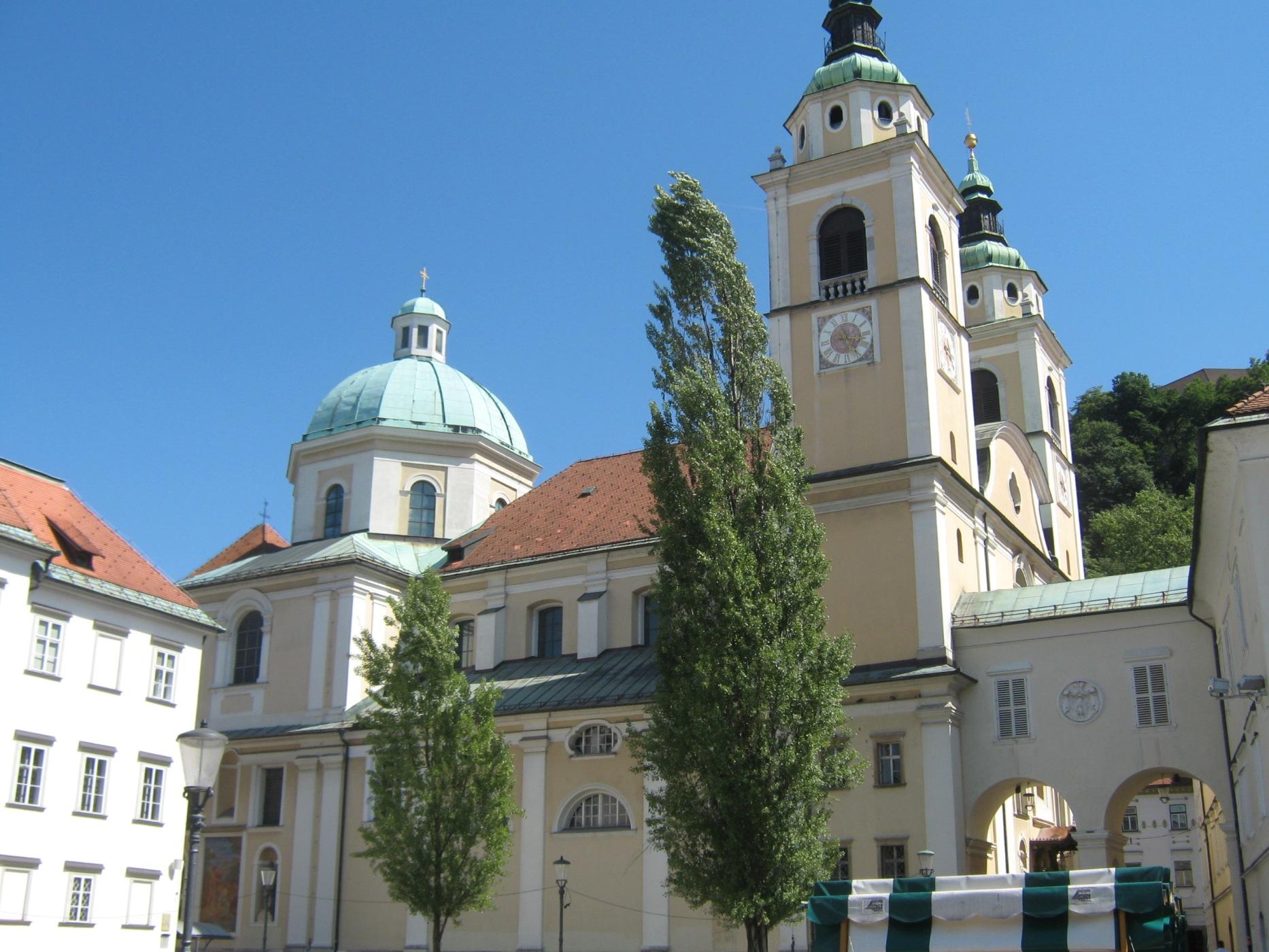 Cerkev sv. Nikolaja_mala