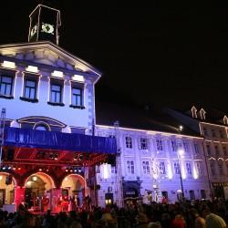 Božični koncert pred Magistratom 2009 foto Stane Jerko