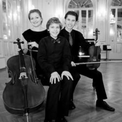 Trio Ifinitum