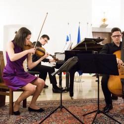160412 Klavirski trio Rupnik 016foto.nada.zgank