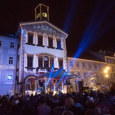 BOŽIČNI KONCERT PRED MAGISTRATOM Katja Konvalinka, sopran Irena Yebuah Tiran, mezzosopran Klemen Torkar, tenor Darja Mlakar Maležič, klavir 24.12.2015, Imago Sloveniae